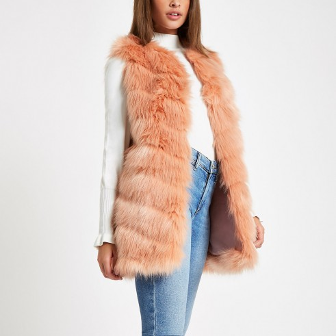 RIVER ISLAND Pink faux fur chevron panelled gilet – luxe style sleeveless winter jacket
