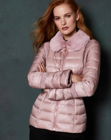 TED BAKER YELTA Quilted down jacket in light pink / faux fur collar