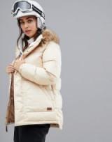 Burton Snowboards Vallah Jacket in Beige   padded winter jackets