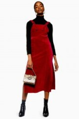 TOPSHOP Corduroy Midi Pinafore Dress in burgundy – dark red cord pinafores