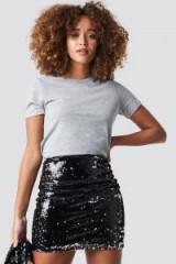 Trendyol Double Sided Sequin Skirt Black ~ shiny mini