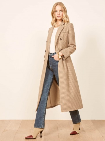 REFORMATION Middlebury Coat in Camel Houndstooth / classic checked cots