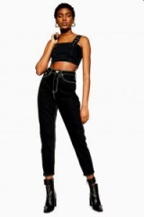 TOPSHOP Neon Stitch Mom Jeans black – cropped leg