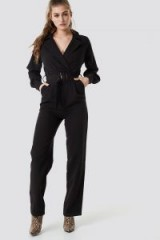 NA-KD Belted Waist Collar Jumpsuit Black | straight leg jumpsuits