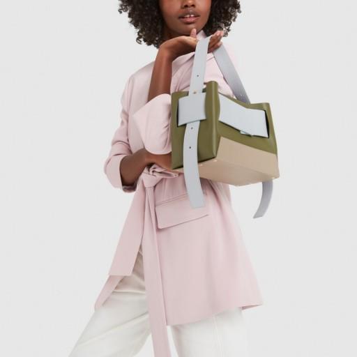 Yuzefi BIGGY LEATHER BAG in Muschio / Azure   colourblock handbags