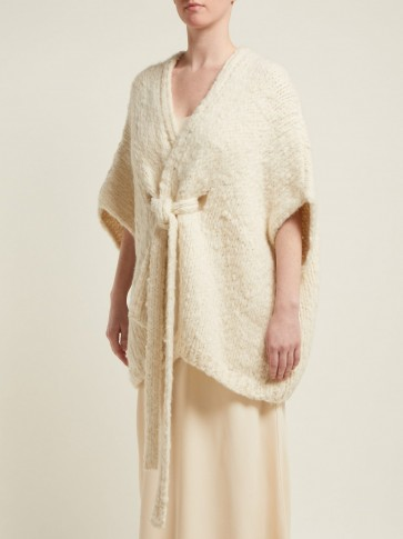 GABRIELA HEARST Brianne cashmere cardigan in cream ~ chunky poncho style cardi