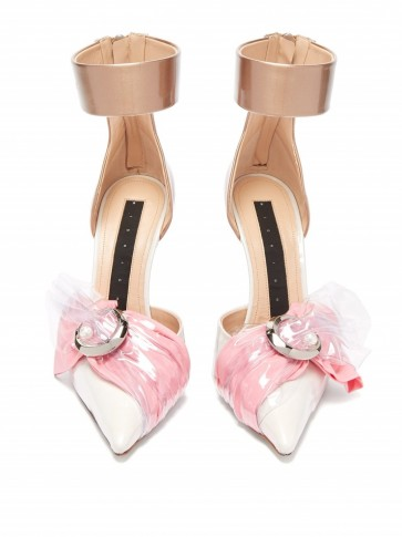 MIDNIGHT 00 Crescent-moon cotton, satin & PVC pumps in pink and white – style statement heels