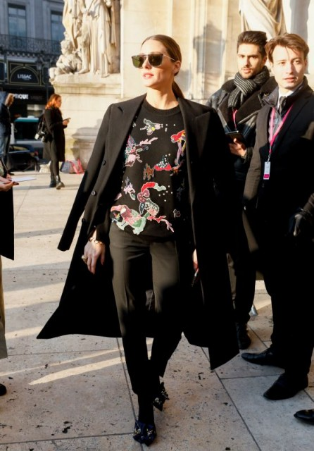 Olivia Palermo chooses an all black outfit to attend the Schiaparelli Haute Couture S/S show during Paris Fashion Week, January 2019.
