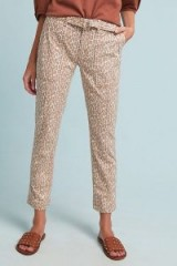 ANTHROPOLOGIE Wanderer Utility Trousers in Brown Motif / casual leopard pants