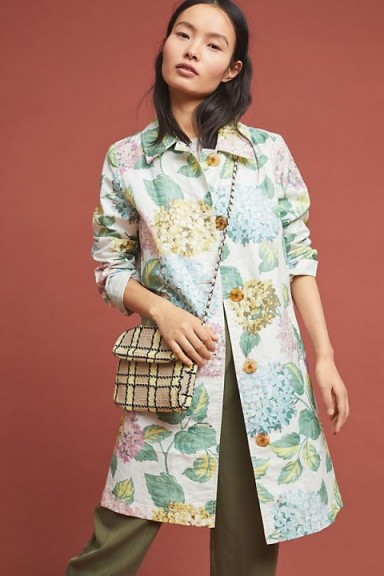 ANTHROPOLOGIE Mellie Hydrangea Raincoat – pretty floral mac for spring