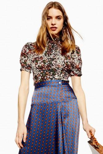 TOPSHOP Cluster Ditsy Blouse / floral vintage style blouses