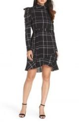 JULIA JORDAN Long Sleeve Plaid Crepe Dress in Black / Ivory