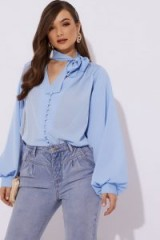 LORNA LUXE 'DREAM SLEEVES' BUTTON DETAIL BLUE BLOUSE ~ casual & feminine