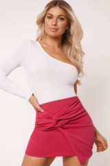IN THE STYLE LURLINE PINK CREPE TWIST FRONT MINI SKIRT