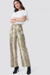 NA-KD Trend ~ Snake Printed Pu Pants Beige – high waist / wide leg trousers