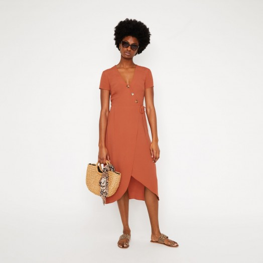 WAREHOUSE WRAP MIDI DRESS IN ORANGE / effortless summer style