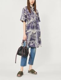 ACNE STUDIOS Dellah theatre-print belted linen shirt dress in blue / taupe