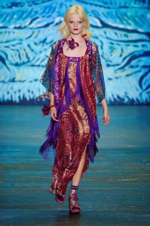Anna Sui RTW Spring/Summer 2016 New York Fashion Week. rich printed fabrics ~ runway trends ~ designer outfits