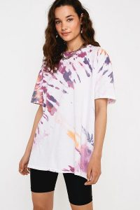 UO Burgundy Tie-Dye Oversized Dad T-Shirt