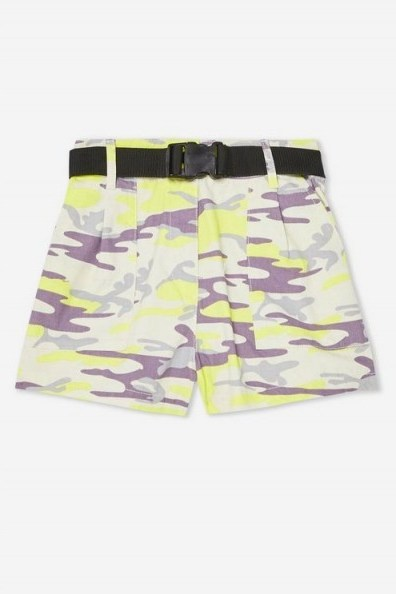 TOPSHOP Belted Camouflage Shorts in Yellow - flipped