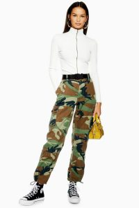TOPSHOP Belted Camouflage Trousers in Khaki / cuffed camo pants