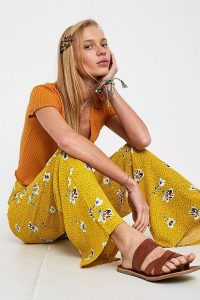 Dot & X Madison Floral Print Trousers in Yellow