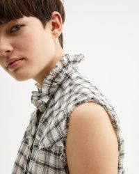 NILI LOTAN FEORA SHIRT WHITE PLAID | ruffled neck and raw edges