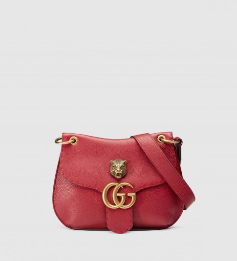 Gucci GG marmont leather shoulder bag red. Designer handbags / luxury bags / luxe accessories