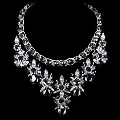 Luxury crystal and rhinestone necklace – Tutu's Jewellery