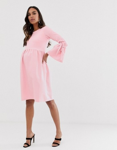 Queen Bee skater dress with fluted sleeve in pink – pretty maternity fashion
