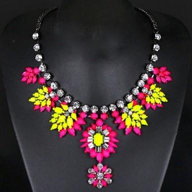 Rhinestone necklace – Tutu's Jewellery