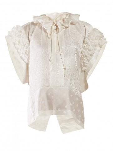 CHLOÉ Ruffled paisley-jacquard silk blouse in white