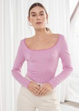 STORIES Scoop Neck Houndstooth Top in Pink   spring fashion