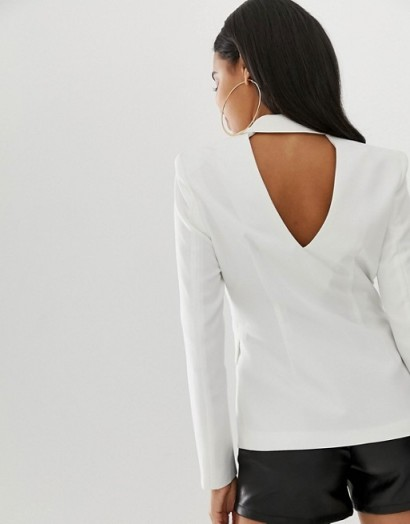 4th + Reckless cut out back blazer in white – classic jacket with a twist