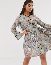 Boohoo smock dress with key hole detail in mixed paisley | plunge front dresses