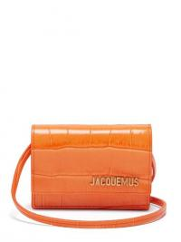 JACQUEMUS Le Bello crocodile-effect leather shoulder bag in orange ~ small bright crossbody