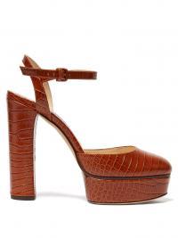 JIMMY CHOO Maple 125 croc-embossed leather platform pumps in brown / retro heels