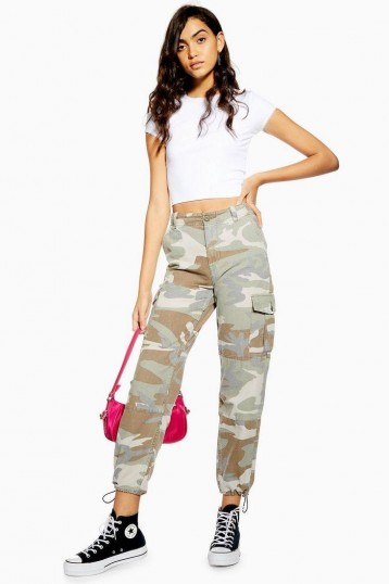 TOPSHOP Pale Camouflage Utility Trousers / cuffed camo pants