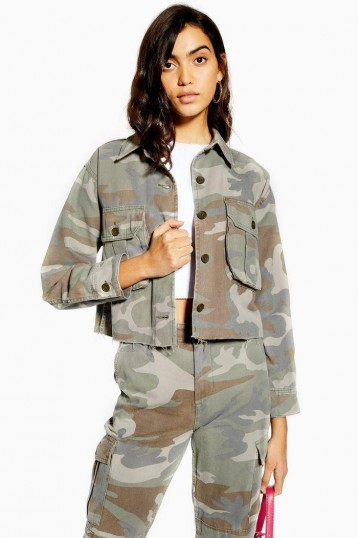 TOPSHOP Pale Wash Camouflage Shacket in Khaki / lightweight camo jackets