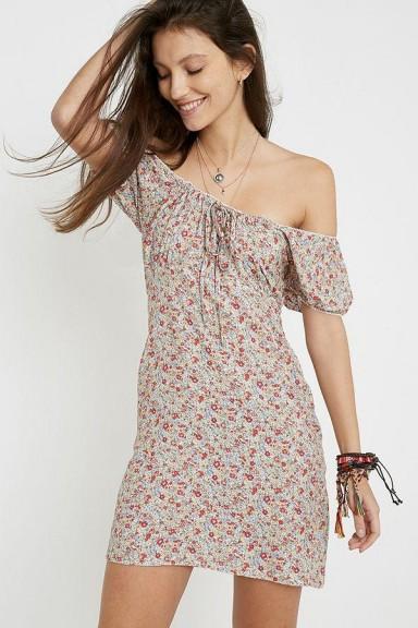 Urban Renewal Remnants Courtney Floral Mini Dress / summer peasant dresses