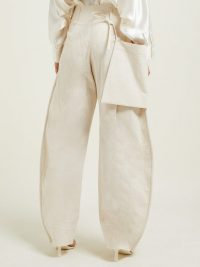 LEMAIRE Patch-pocket cotton-blend trousers in ivory ~ loose balloon shaped pants