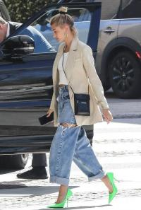 Hailey Rhode Bieber beige linen jacket, Acne Studios Jana Blazer, out in Beverly Hills, March 2019 | celebrity street style jackets | models off duty