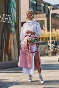 Chic looks in pink and white / individual street style outfits