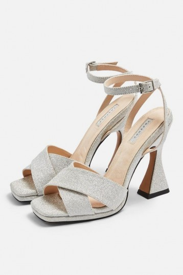 RODEO Cross Sculpt Heels – shimmering sculpted heel sandals