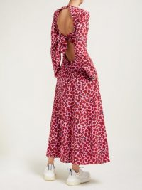 RAEY Tie-back lipstick-print silk dress ~ pink open back fit and flare