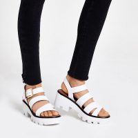 RIVER ISLAND White cleated sandals – sporty summer shoes