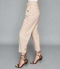 Reiss BROOKLYN POCKET FRONT TAPERED TROUSERS NEUTRAL | side detail summer pants