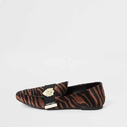RIVER ISLAND Brown velvet tiger print loafers ~ pointed animal print flats