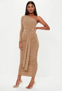 Missguided camel one shoulder slinky bodycon ruched midaxi | summer parties | evening glamour