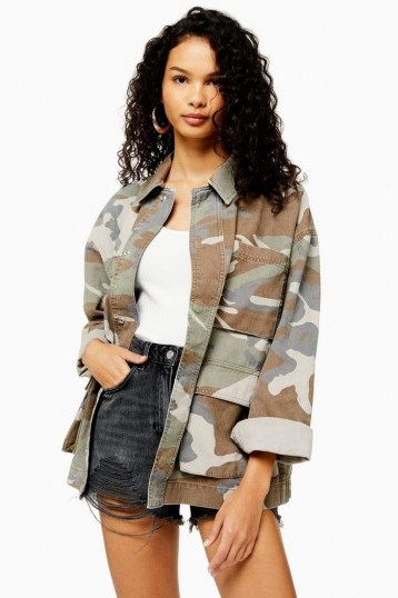 TOPSHOP Camouflage Longline Shacket Khaki - flipped